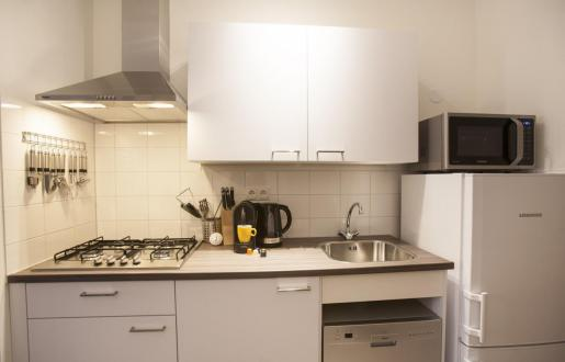 complete kitchen long stay open floor plan near station Amersfoort hotel de tabaksplant