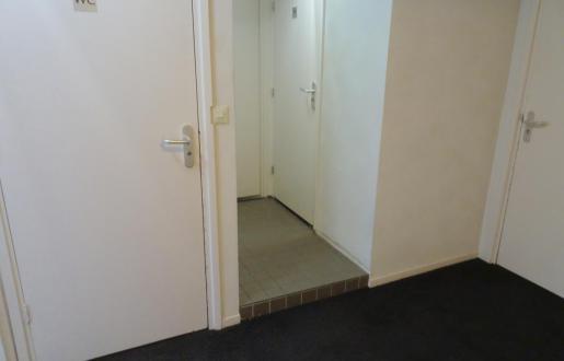 Shared bathroom on hallway Basic room Hotel de Tabaksplant Amersfoort
