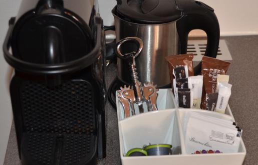 Koffie-Nespresso- en thee faciliteiten  gratis Suite Hotel de Tabaksplant