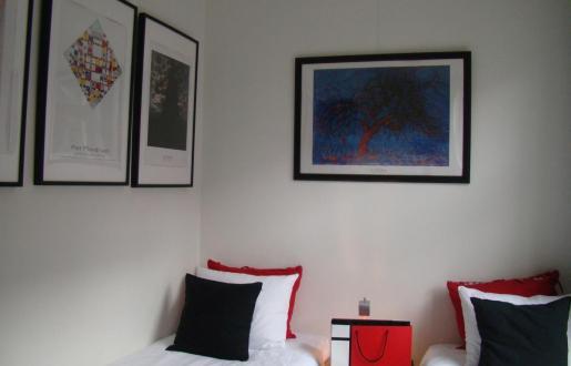 Stijl jaar arrangement Hotel de Tabaksplant Mondriaan kamer