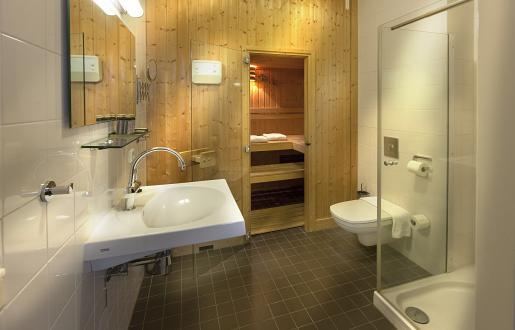 Suite met Sauna en extra lang bed Hotel de Tabaksplant in Amersfoort
