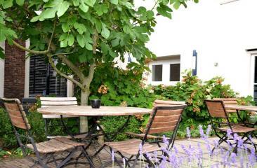 Ontbijt in Hotel de Tabaksplant in Amersfoort - kan ook buiten in onze tuin!